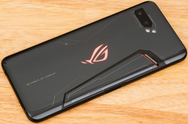 rogphone2 body Asus ROG Phone 2